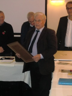 Manfred Russ receives the Honorary VP certificate during the  EDBF Special Congress 2012 in Hamburg